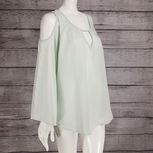 NWT Melissa McCarthy Seven7 cold shoulder blouse